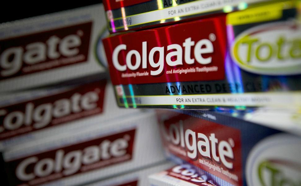 Caixas de pasta de dente da Colgate