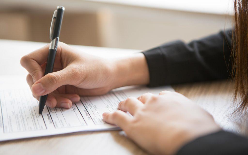 Anvisa prorroga prazo das CPs sobre serviços farmacêuticos e testes de análises clínicas