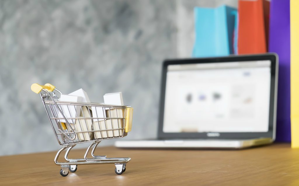 Conheça os top 3 e-commerces de Farmácia e Cosméticos no Brasil