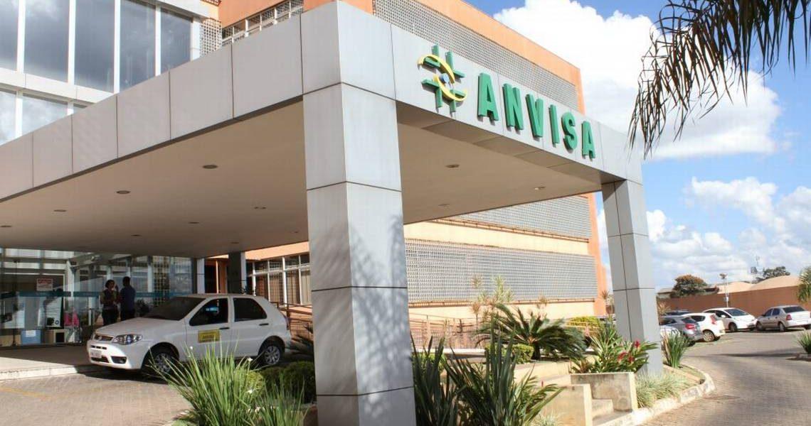 Anvisa proíbe venda de medicamentos no Mercado Livre e Facebook