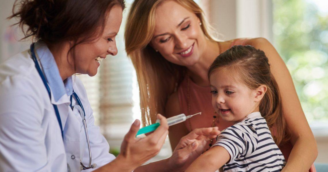 Interfarma lança campanha de vacinação infantil